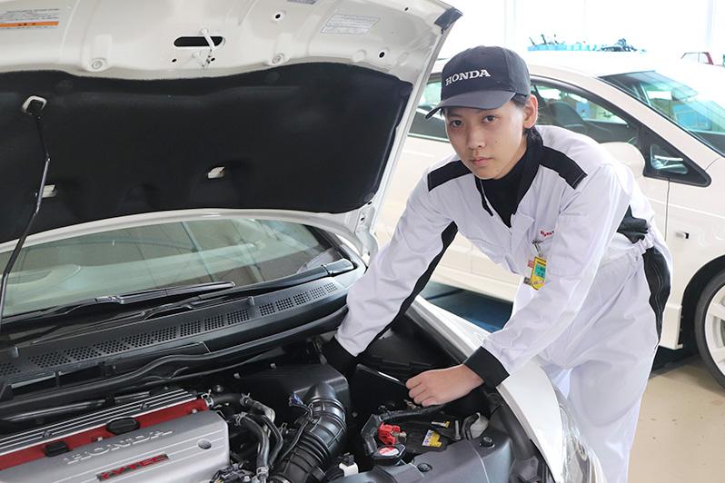 一級自動車研究開発学科(一級自動車整備士コース) 水島 瑠壱